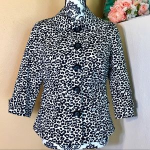 New Forever 21 Cheetah Print Button Jacket